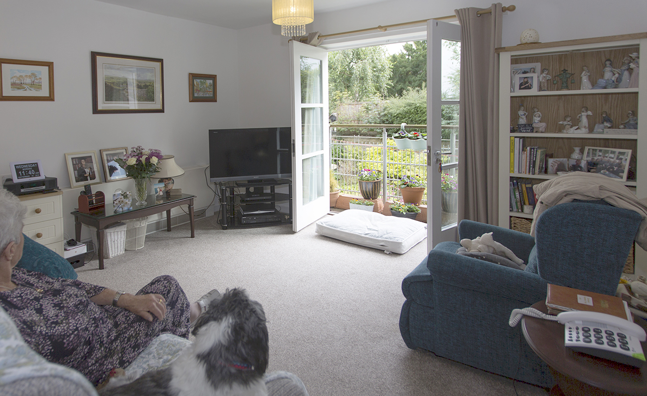 Ilkley_Grove_House_sitting_room