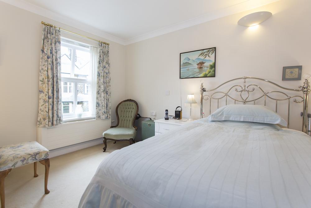 Abbeyfield Court interior bedroom